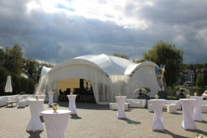Свадьба в большом шатре